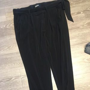 Express ankle pant